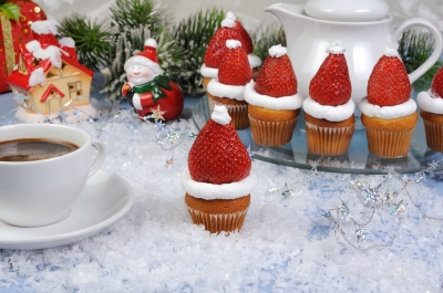 Christmas is my favorite time of year. Strawberries are my favorite fruit. And today's Throwback Thursday post is one of my absolute favorite posts of Every48...so far, of course. (Image courtesy of Apolonia at FreeDigitalPhotos.net)